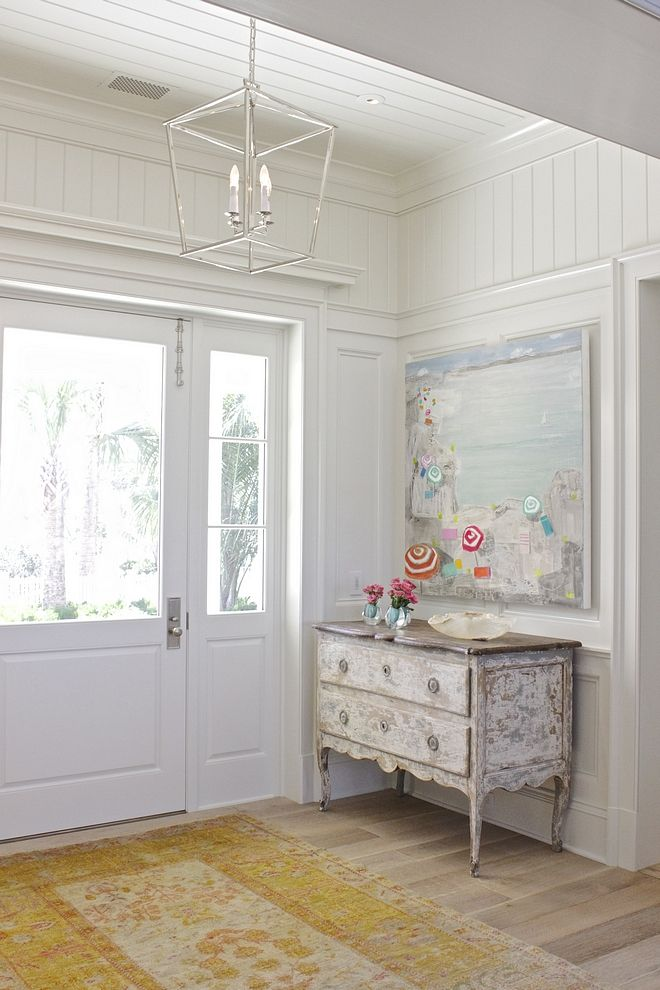 Benjamin Moore White Dove Foyer Cwalls And Ceiling Feature A Combination Of Traditional Wainscoting And Tongue And Groove Paneling Interior Home Florida Home
