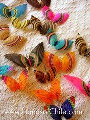 Mariposas de crin de caballo   //   Hands of Chile