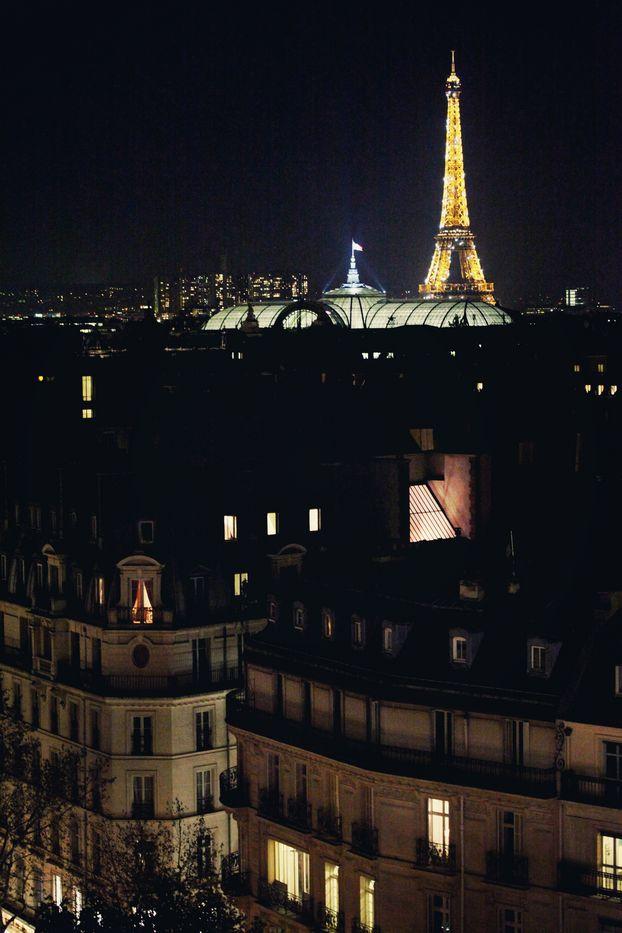 Hâte que tu viennes :) & même si tu veux dormir ailleurs, on sortira au moins une fois :)