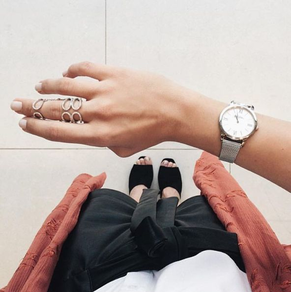 Time to spruce up your style!  Greek actress & style lover, Patricia Milik Peristeri makes a fashion statement with her Fashionably Silver ring and the Match Point timepiece.