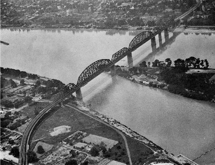 1000  Images About Old Photos Of Louisville  Ky On Pinterest