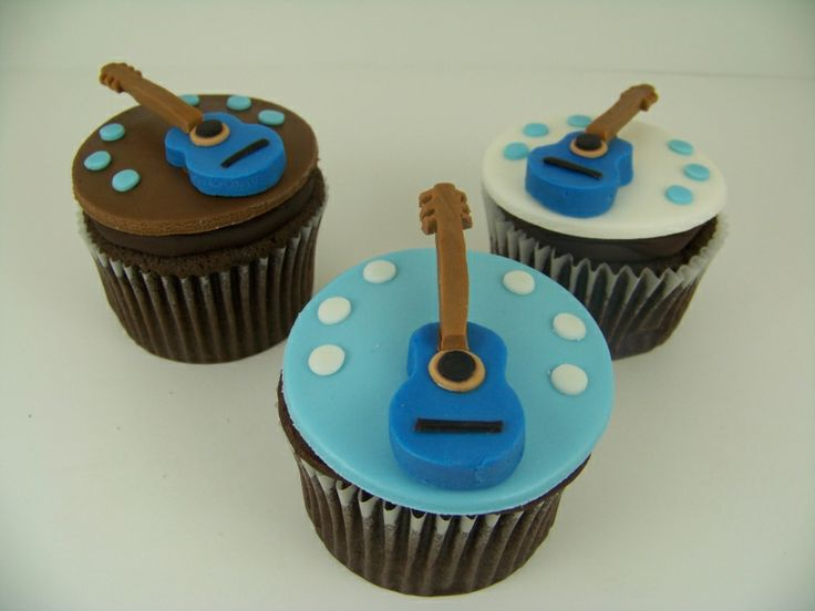 Cupcake Decorating Ideas For Boyfriend : 17 Best images about CC Music on Pinterest Cupcakes ...