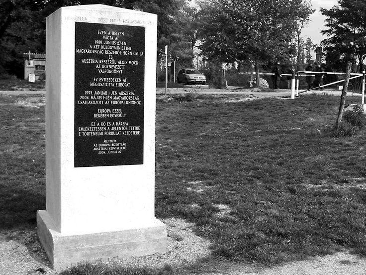 Emlékoszlop  határnyitás 1989