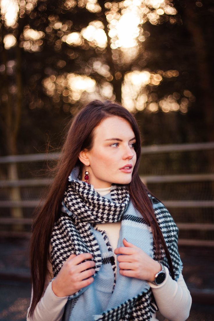 cosy check scarf outfit for winter | style resolutions and goals for 2018