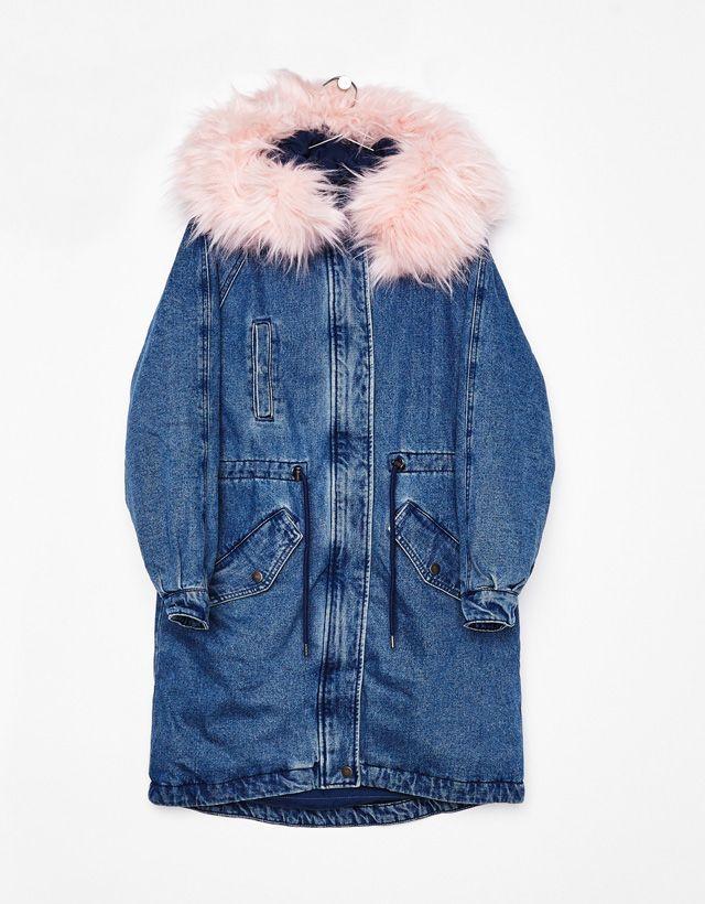 Denim parka with faux fur hood - Bershka #denim #parka #fur #hood #bershka