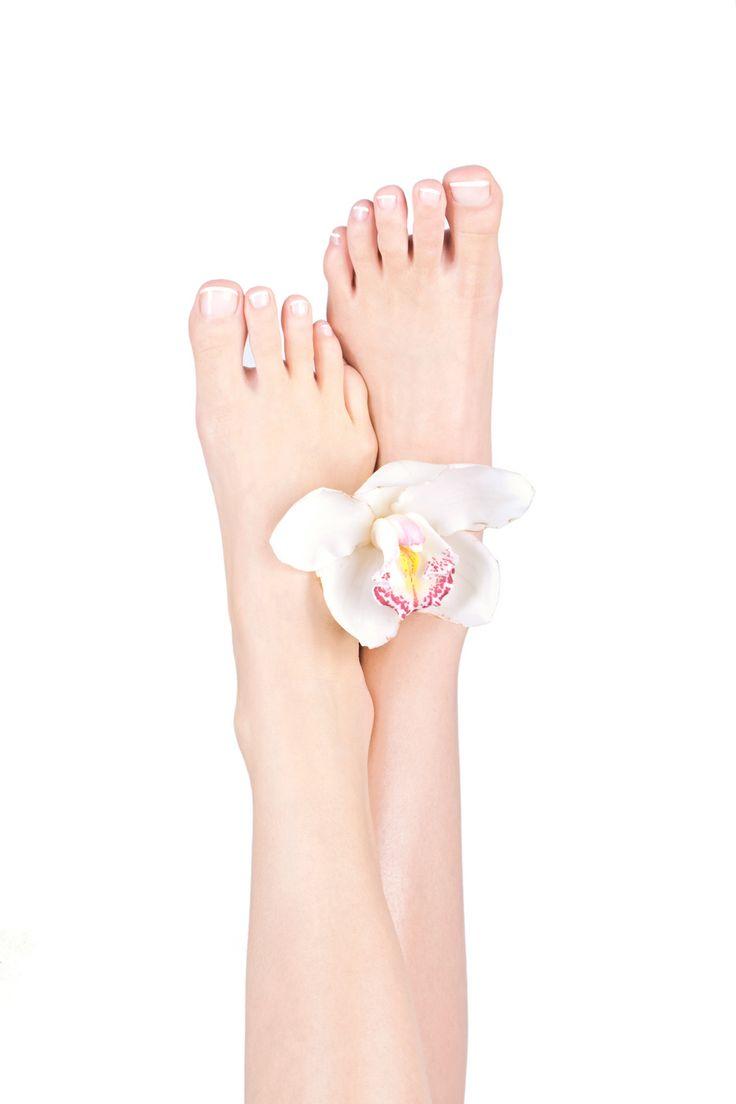 #Shefoot to seria hypoalergicznych kosmetyków do profesjonalnej, codziennej pielęgnacji stóp. #Shefoot. Szczęśliwe stopy.