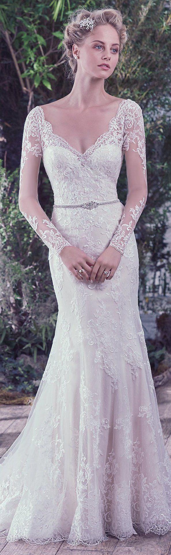 Wedding Dress by Maggie Sottero 2016 Fall/Winter Collection - Roberta | #maggiesottero #maggiebride