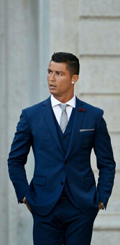 Cristiano Ronaldo http://celevs.com/the-10-best-pics-of-cristiano-ronaldo/