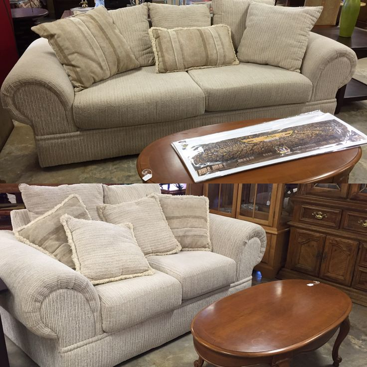 Spectacular White Loveseat And Sofa. Donu0027t Miss Out. Come By Today.