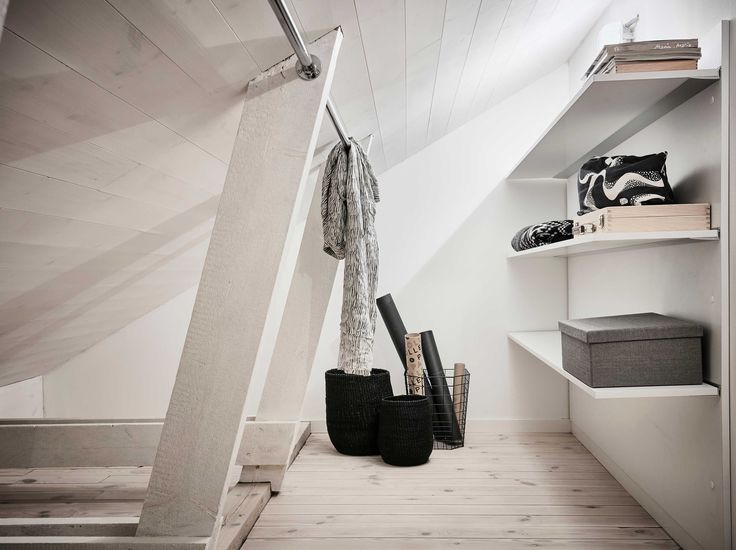 Vindslägenhet, smart förvaring, garderob