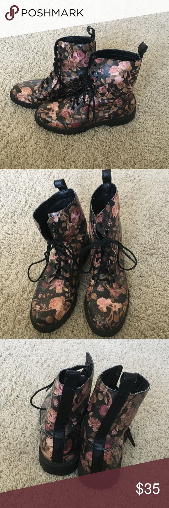 H&M floral combat boots. Great condition. Great for rainy days. H&M Shoes Combat & Moto Boots