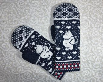 Hand-made adult mittens with moomin pattern by LanaNere on Etsy