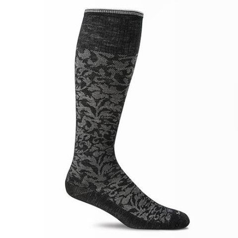 LADIES: Looking for a Knee Hig, Active Graduated #CompressionSock? Check out this beauty from @GoodhewUSA