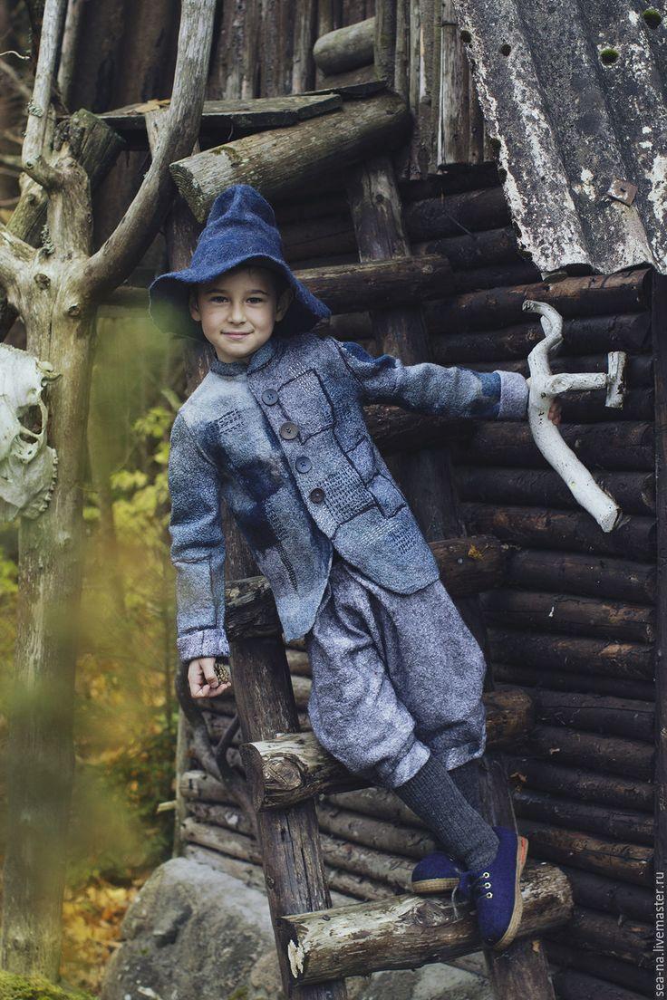 Купить Сась из серии Лесная деревня - тёмно-синий, Мокрое валяние, детская одежда