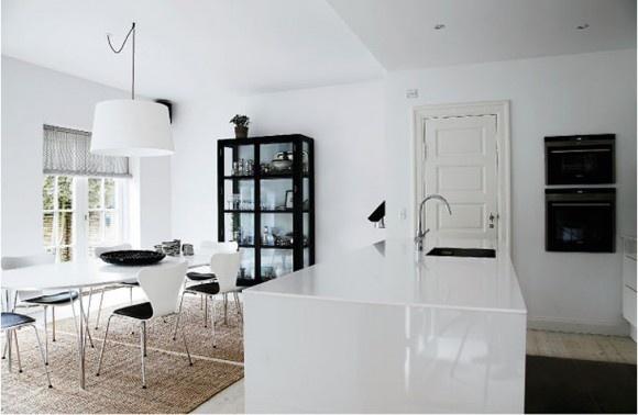 Minimalistisk indretning i Odense | Kitchen