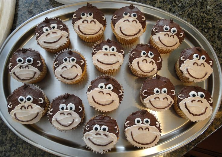 Monkey-cupcakes-for-first-birthday.jpg (1600×1134)                                                                                                                                                     More