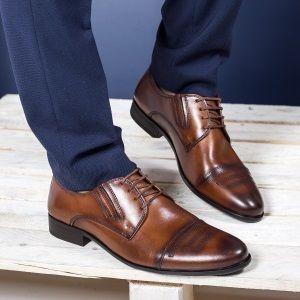 Pantofi eleganti Piele naturala la Super preturi. Lume , lume draga-mi esti , asa vei canta la petrecerile ce se prefigureaza in sezonul nuntilor. :) Pana la toamna tot asa o sa chefuiesti in timpul liber , bineinteles daca te tine si buzunarul.  Prima data incepi cu pantofii si dupa aceea, in functie de ce alegi, urmeaza restul. #incaltamintebarbati #pantofibarbati #pantofipiele