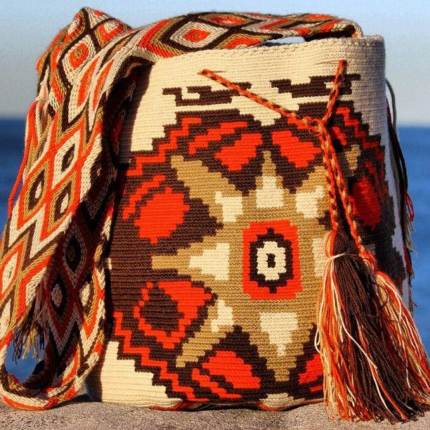 #mobolso #buy #fashion #chic #australia #sydney #seeaustralia #shopping #shoulderbag #bags #girls #friends #school #travel #latin #wayuu #mochilas #oz #exclusive #unique #handmade #melbourne #brisbane #seeaustralia #operahouse #famous