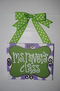 LOVE this name sign! Very cute layout and great color palet