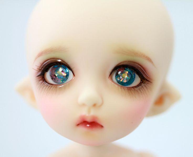 картинки только глаза кукол конфеты