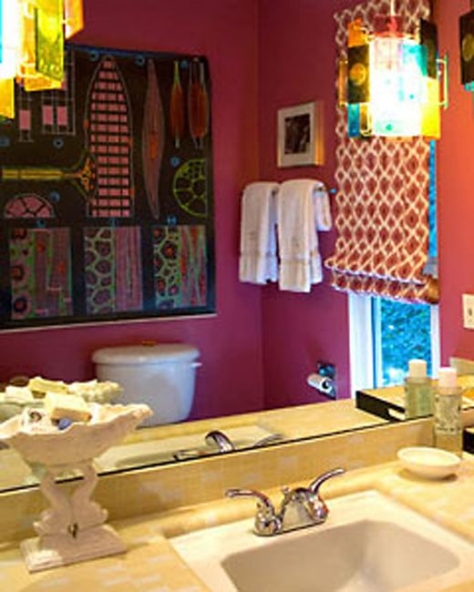 Colorfull Bohemian Style Apartment Of Cécile Figuette: Bohemian Bathroom Decorating In Stylish Look