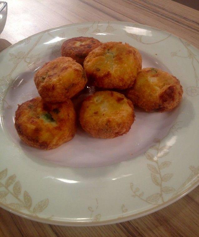 riganokeftedes (oreganoballs)
