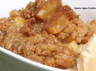 Easy Apple Crumble Recipe--for all those fall apples!