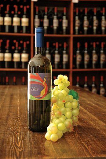 Aura- #wine #vino #PinotGrigio #bianco