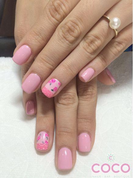Gelish Nail art pink roses