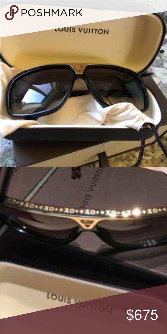 Authentic Louis Vuitton Evidence Sunglasses Authentic Louis Vuitton Evidence Sunglasses Comes with Posh Concierge Service Louis Vuitton Accessories Sunglasses