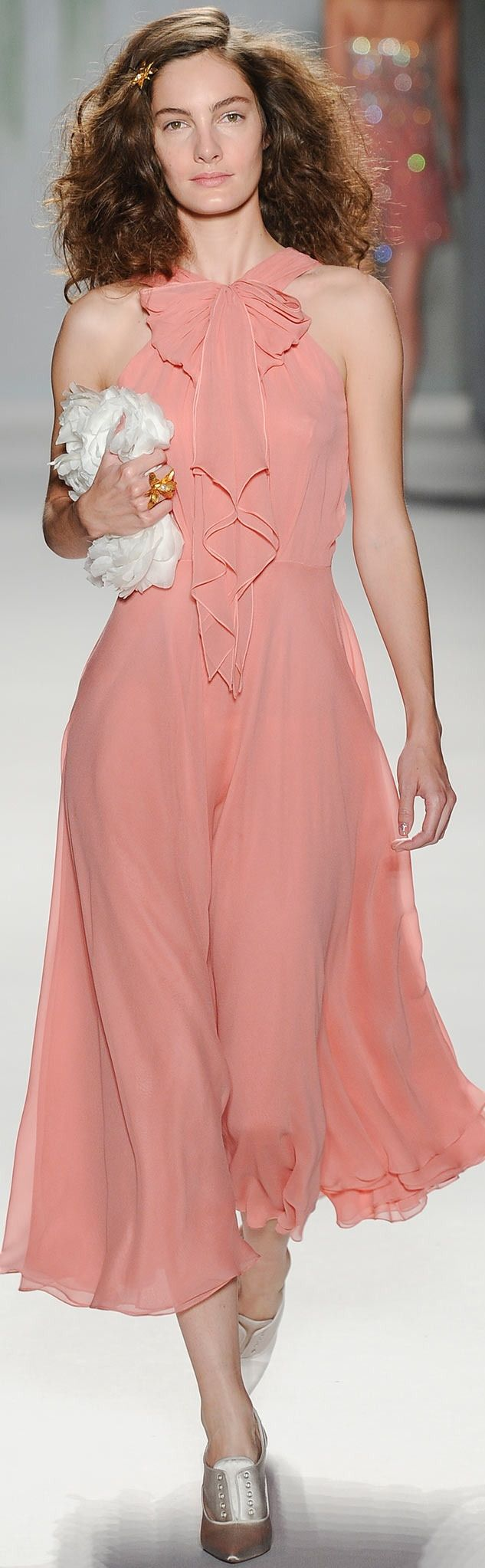 Runway: Jenny Packham Spring 2014 RTW Collection