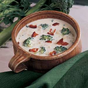 Taste of Home                        Cream Soups                    Recipes -                                                   Fill up with this collection of cream soups, including recipes for potato soup, broccoli soup, cauliflower soup, clam chowder, pea soup, wild rice soup, creamy chicken soup, cream of vegetable soup, cream of turkey soup, reuben soup and more.