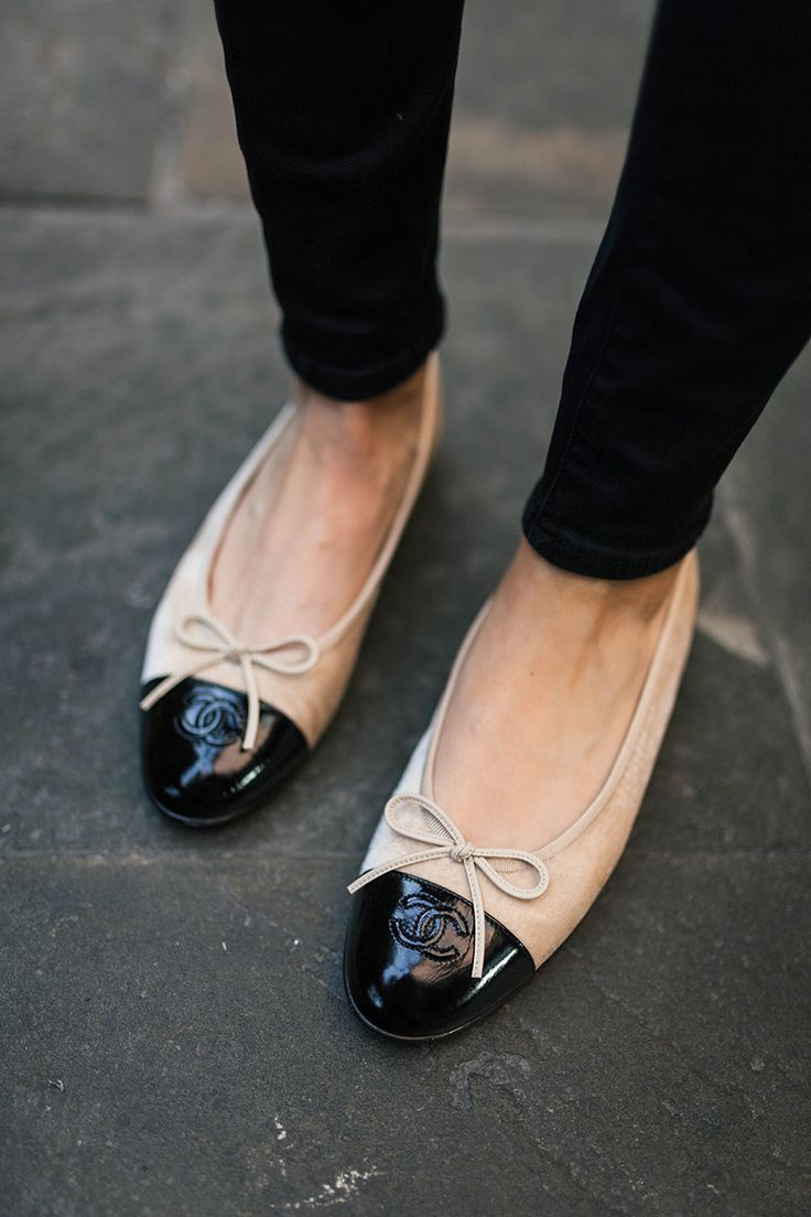Velvet Chanel Flats Neutral Striped Sweater Shoes Fashion Style Fashionaccessories Chanel Ballet Flats Chanel Ballerina Chanel Flats