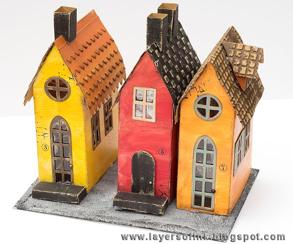 Layers of ink - Old Town Houses Tutorial by Anna-Karin, with Village Brownstone Tim Holtz Sizzix die