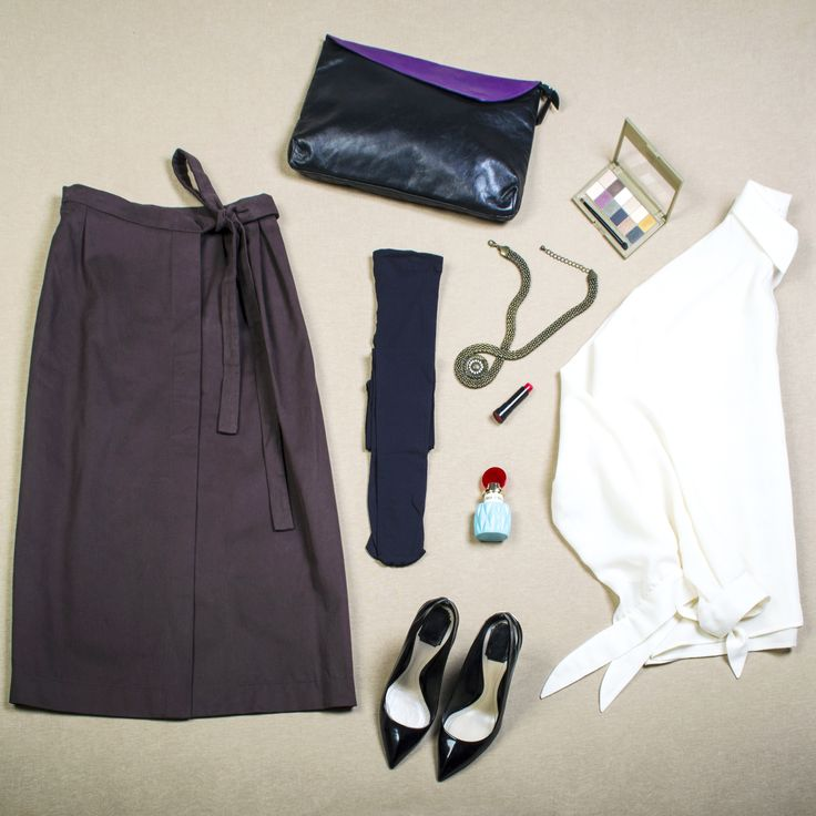 flat lay fashion style from Aliz Arin