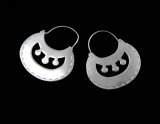 silver earrings, Mapuche traditional craft, Chile