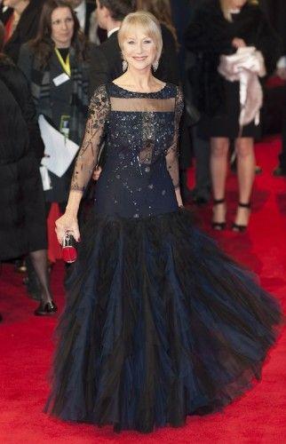 H dame Helen Mirren που τιμήθηκε για την πορεία της στον κινηματογράφο με το Academy Fellowship Award επέλεξε για τη λαμπερή βραδιά ένα Jacques Azagury φόρεμα με τούλι διακοσμημένο με παγιέτες και χάντρες. #Bafta