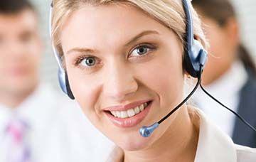 CENTRE INFORMATIQUE CALL CENTER PARIS CENTRE INFORMATIQUE CALL CENTER PARIS : Tous vos collaborateurs ont accès à notre hotline technique, assistance informatique téléphonique illimitée. Dès qu'un utilisateur est confronté à un problème informatique.