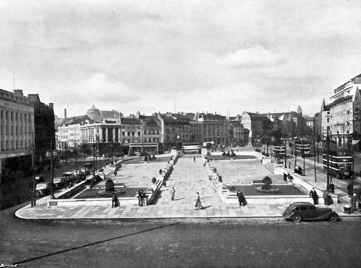 1930's view of the Old Market Square from the Council House, Nottingham.