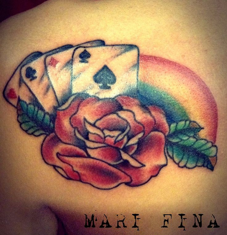 Rosa poker d'assi e arcobaleno #Rose  rainbow and poker tattoo Categoria: tatuaggi a colori/ color tattoo