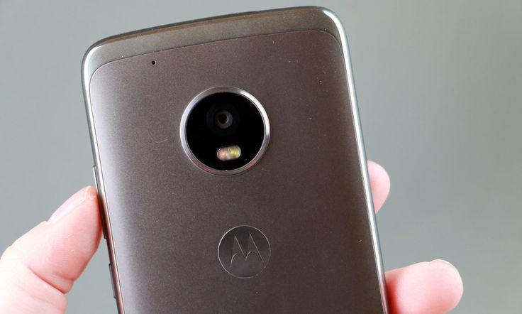 LYSSTERKT: Med blenderåpning på f/1.7 har Moto G5 Plus ett av de aller mest lyssterke objektivene på markedet. Og det til en pris under 3.000 kroner. Foto: Pål Joakim Pollen