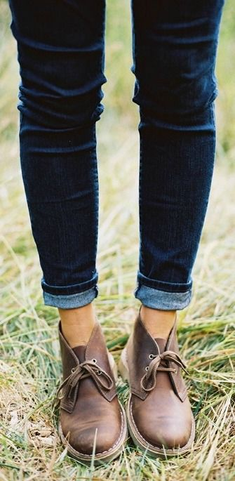 Get a pair of boots that will go with everything in your closet. Clarks women's shoes come in a variety of colors and styles, which will help give you the versatile look that you need. Match these high-quality shoes with a pair of dark cuffed jeans this fall season.