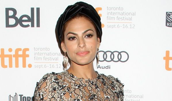 Eva Mendes Is Teaming Up With New York & Co. On Her Own Clothing Line