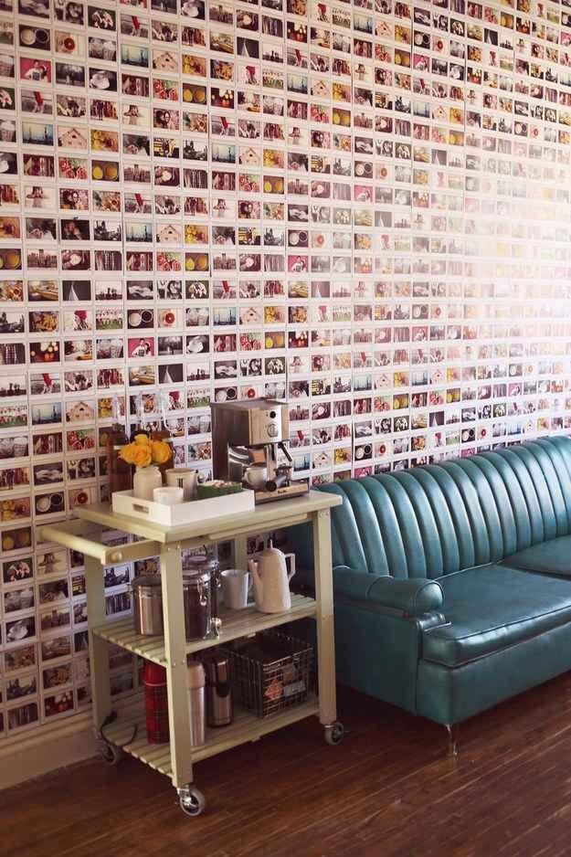 Pourquoi acheter du papier peint quand vous pouvez tapisser vos murs de photos ?