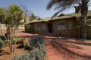 GUESTHOUSEFOR SALE.7 Rooms.Flatlet.Living quartersfor manager or owner.2 Servant quarters.Building size700 m².Stand size 1641m².Kitchen.Scullery.Alarm.Auto gates.Auto garages.Burglar bars.Secured fencing.Theguesthouse is situated in Newlands Pretoria. The recreational area ensures acomfortable and relaxed environment to work, or to relax in, after a demandingbusiness day.Theguesthouse is situated within 800m from both Menlyn Shopping Centre and one ofthe Gautrain bus routes to Hatfield…