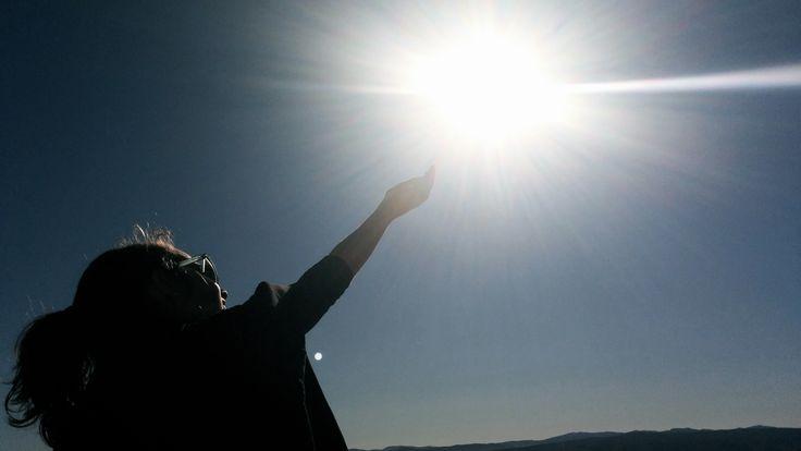 Jugando con el sol, apuntando alto, desde la Ermita de Sant Esteve  #Ontinyent #Turismo de interior  http://ontinyent.portaldetuciudad.com/es-es/informacion/014.html