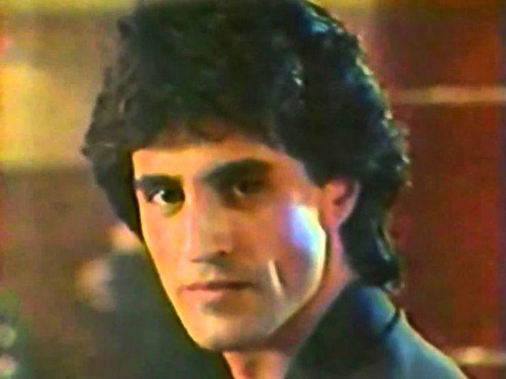 Sergio Dalma - Bailar Pegados ( HD ) Vídeo Oficial, via YouTube.