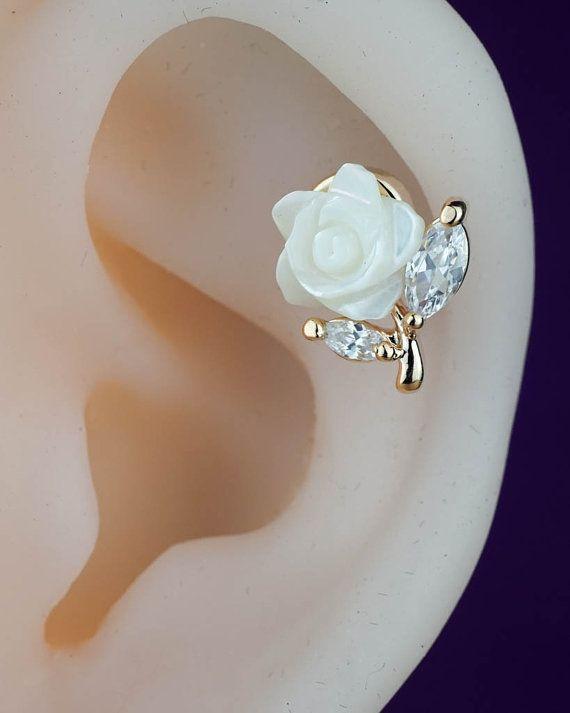 cartilage earring - cartilage piercing - cartilage stud - flower floral cute unique - gold cartilage earring rose