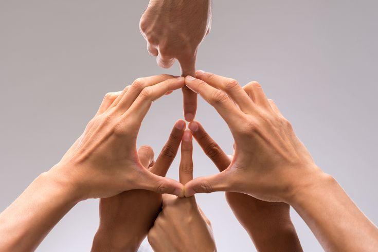 Livre-se de preconceitos, ódios e crenças limitadas. Faça parte do envolvimento para promover a paz no mundo. Começa em nós a mudança.http://www.eusemfronteiras.com.br/a-paz-no-mundo-comeca-em-nos/ #eusemfronteiras