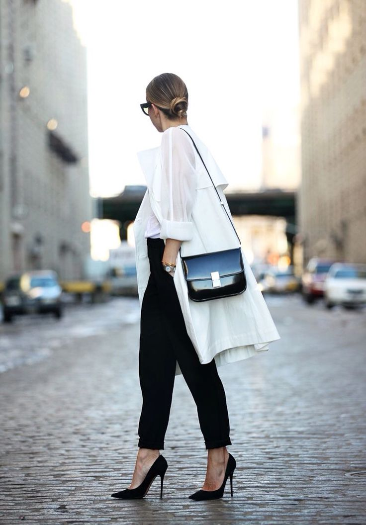 Love this classic white shirt look in NYC  Shop more NY street styles now in the AMAZE Edit // New York: http://amz.az/amazeedit